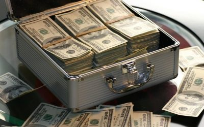 7 Ways Music Producers & Beat Makers Make Money